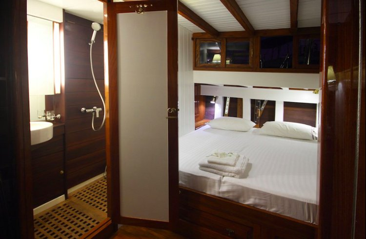 Ketch boat for rent in Mergui Archipelago