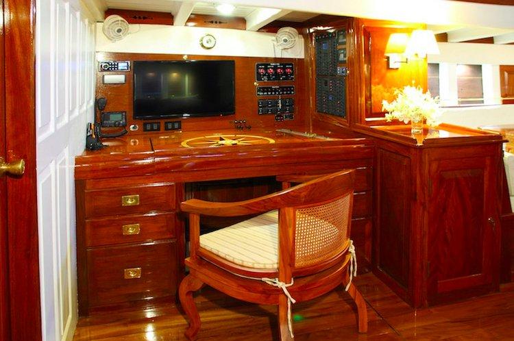 Custom's 95.0 feet in Mergui Archipelago