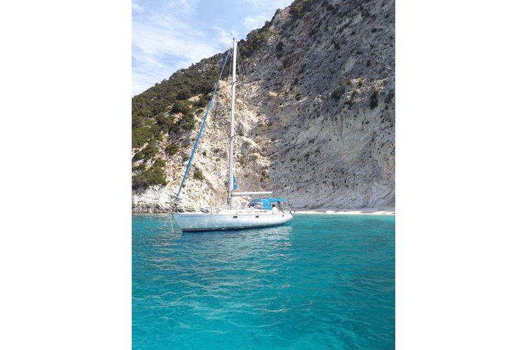 Sloop boat rental in Alimos, Athens, Greece,