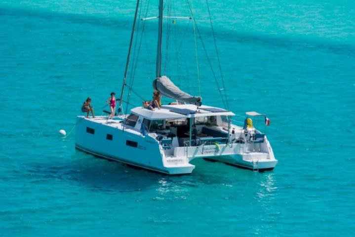 Have fun in Phuket, Thailand aboard Nautitech Open 40
