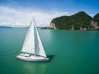 Have fun in Phuket aboard a 104' cruising monohull