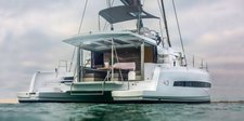 Experience pure luxury & comfort in Phuket, Thailand aboard 43' Bali