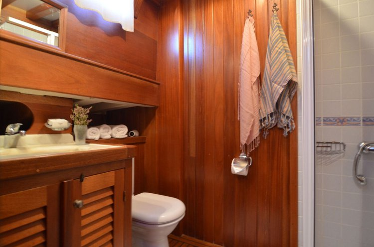 Classic boat for rent in Bodrum/Muğla
