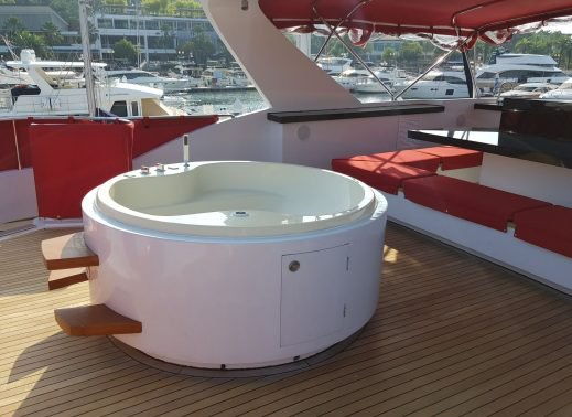 Up to 40 persons can enjoy a ride on this Motor yacht boat