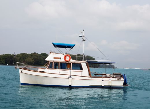 Charter a 40' Sedan Classic in Sentosa Cove, Singapore