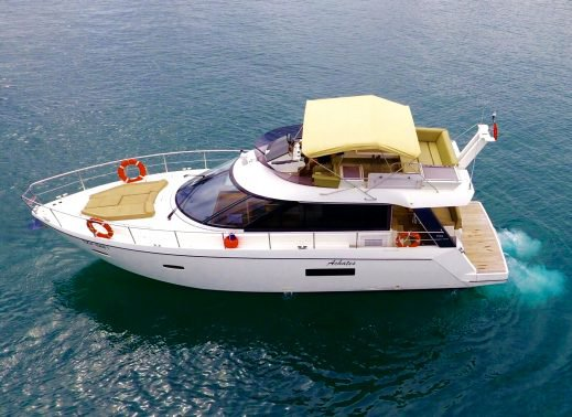 Charter a 42' luxurious motor yacht in Singapore