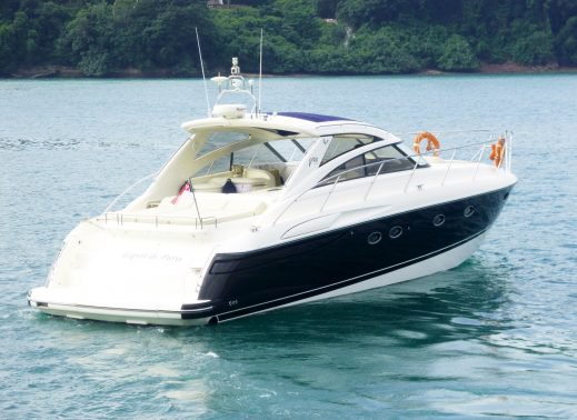 Boating is fun with a Convertible in Sentosa Cove