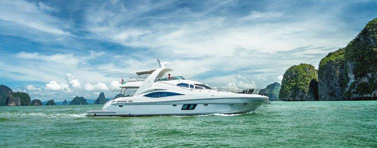 Discover Phuket surroundings on this Oylmpia 76 Custom boat