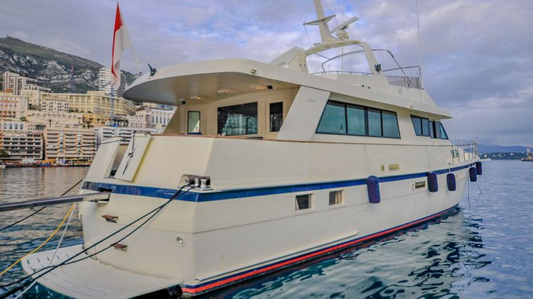 Motor yacht boat for rent in Monte Carlo