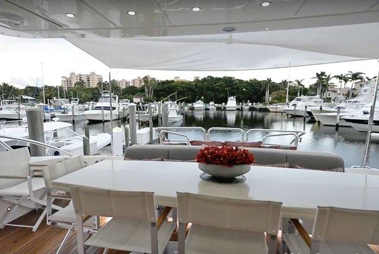 Mega yacht boat rental in island Gardens Marina,