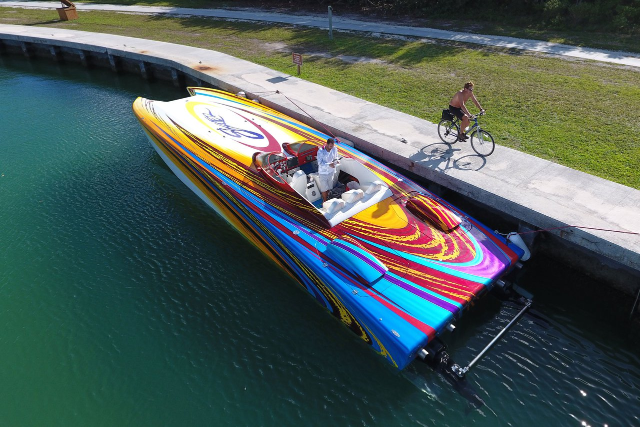 Motor 46 0 Skater Boat Rental In Miami Beach 5875 Sailo