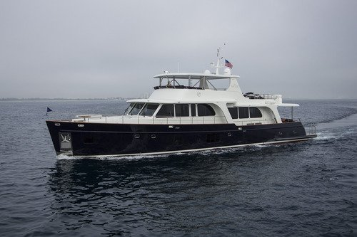 Moni - Florida Luxury Yacht Charter