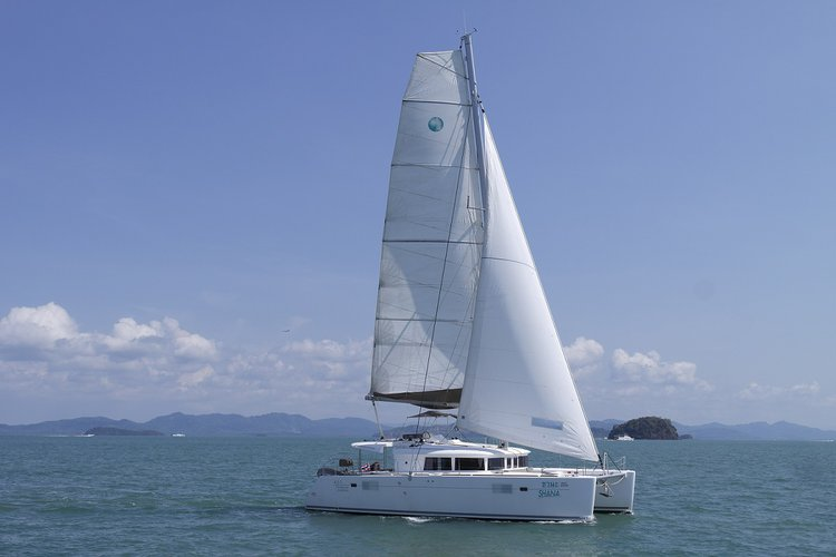 Have fun in Phuket, Thailand aboard 45' cruising catamaran
