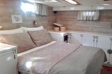 thumbnail-7 Edership 52.0 feet, boat for rent in Izola, SI