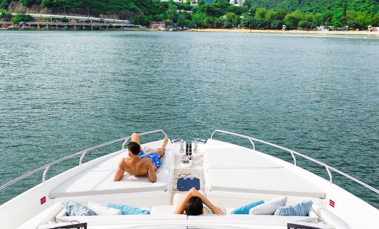 Boating is fun with a Motor yacht in Aberdeen
