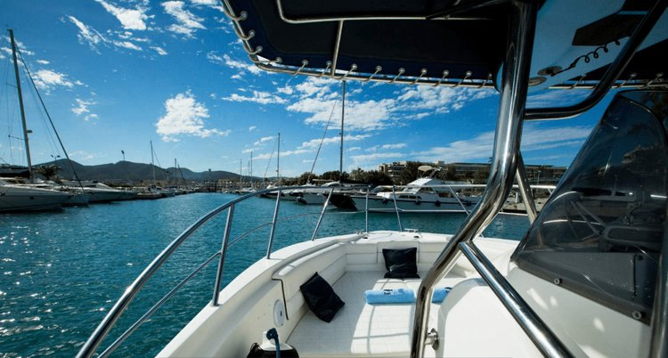 Discover ibiza surroundings on this 36 Mediterranea Quer boat