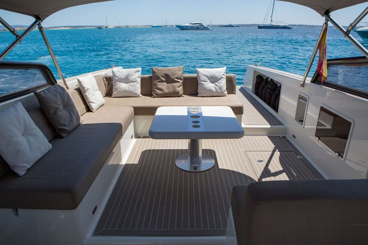 Boating is fun with a Motor yacht in ibiza