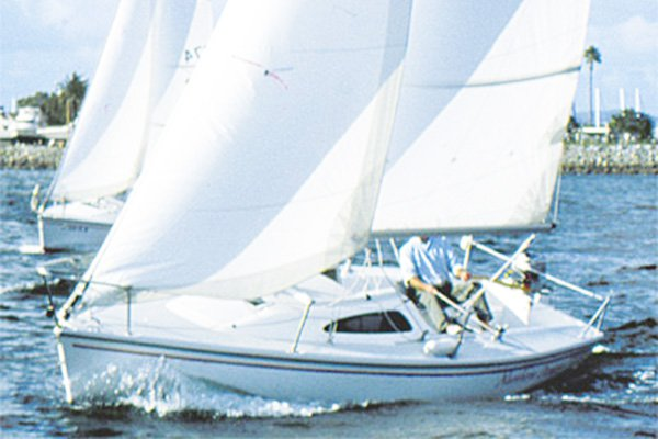 Chill in style in California aboard 22' cruising monohull