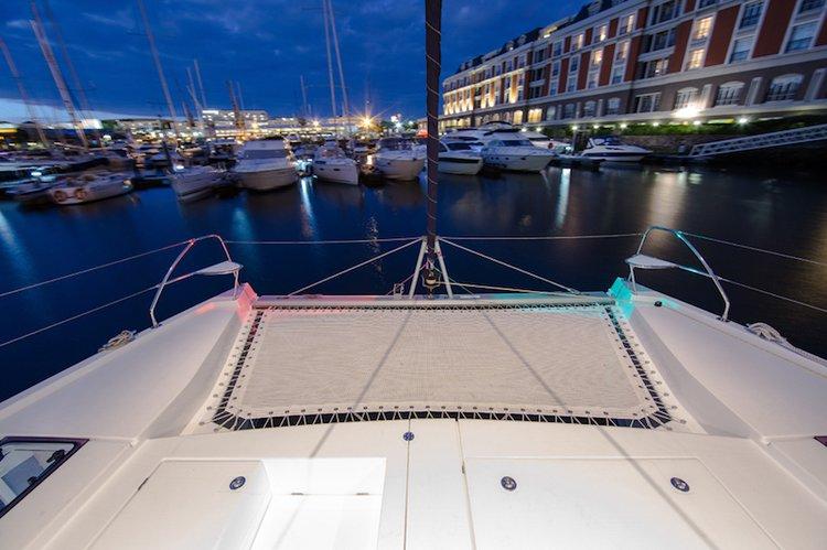 Catamaran boat for rent in Long Beach