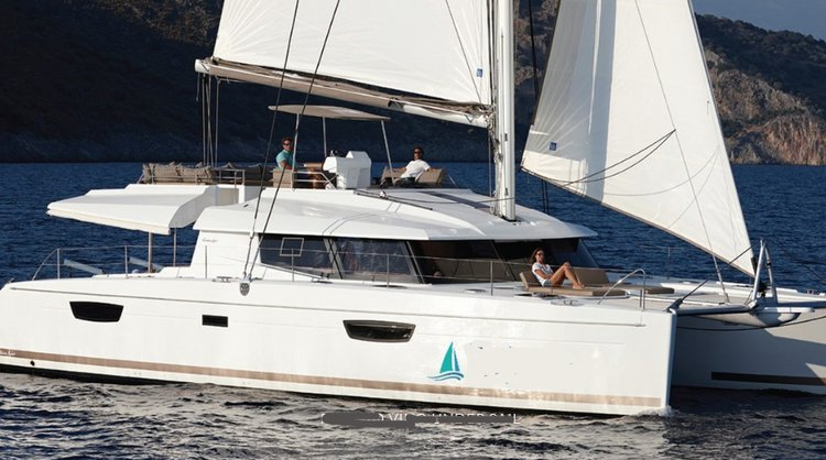 Discover  surroundings on this Ipanema 58 FOUNTAINE PAJOT boat