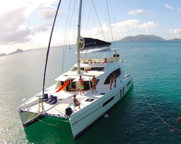 Have fun on British Virgin Islands aboard 58' Leopard