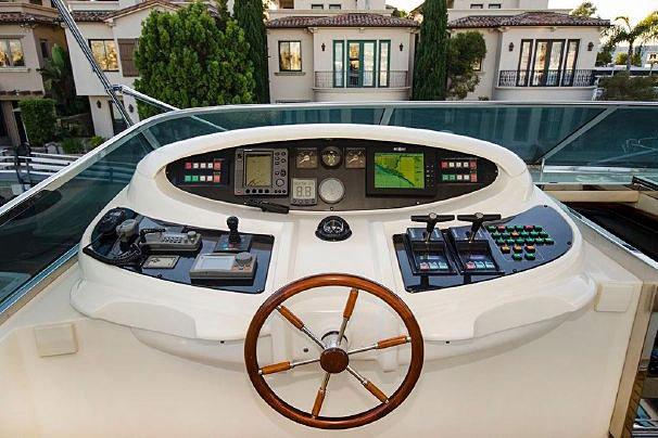 Boat for rent Azimut 100.0 feet in Newport Beach, CA