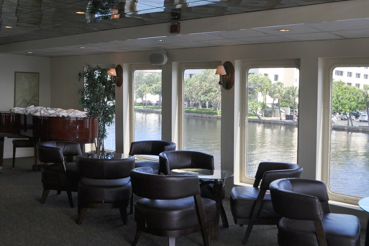 Mega yacht boat rental in Hyatt Regency Pier 66, FL