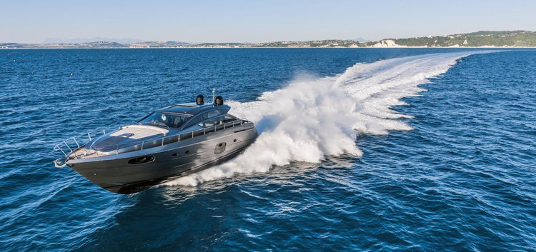 Get ready to spend great time aboard 62′ Pershing in New York