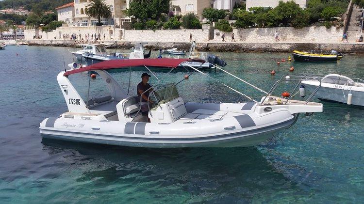 Boat for rent Ragusa 22.0 feet in hvar,