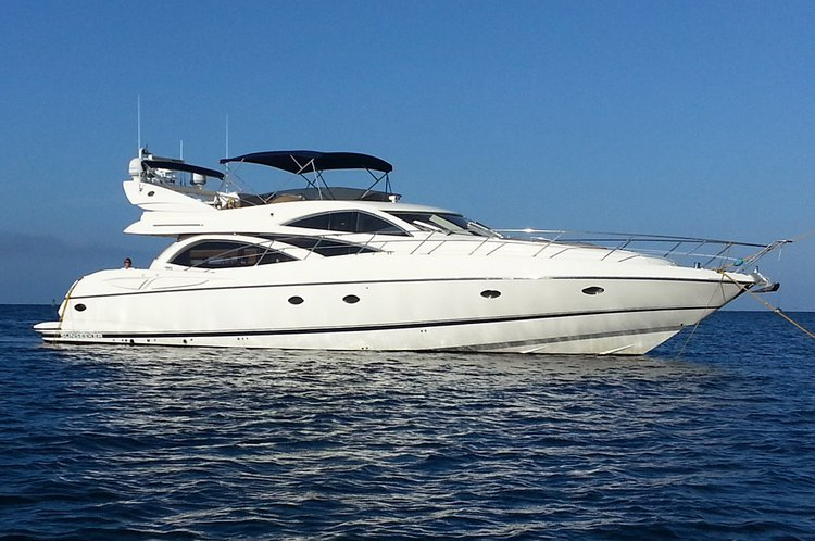Enjoy amazing views around California aboard 68' Sunseeker