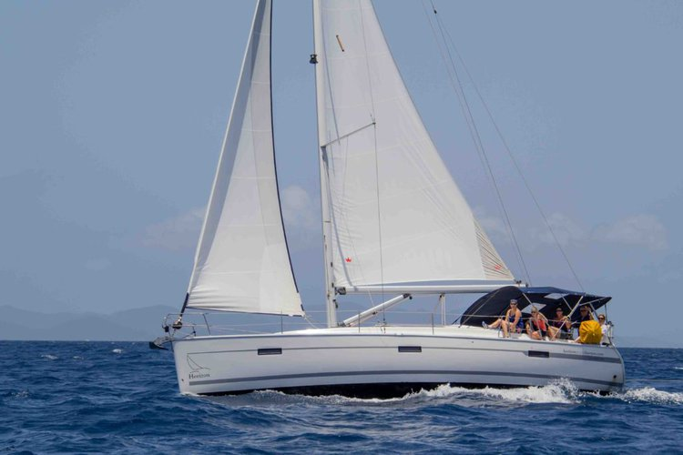 Discover Nanny Cay surroundings on this 40 LE Bavaria boat