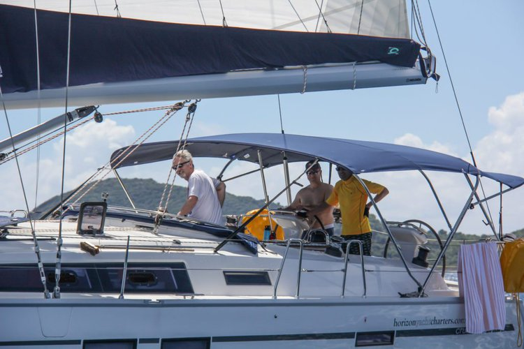 This 46.0' Bavaria cand take up to 8 passengers around Nanny Cay