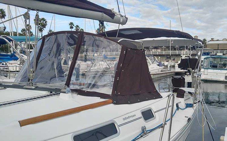 Beneteau's 34.0 feet in Long Beach