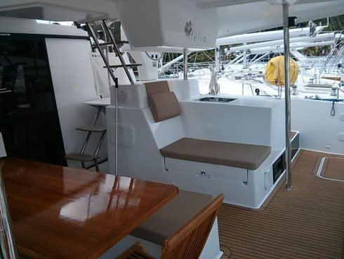 Discover Nanny Cay surroundings on this Helia 44 Fountaine-Pajot boat