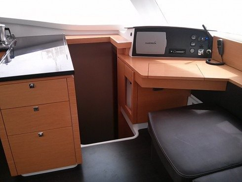 43.0 feet Fountaine-Pajot in great shape