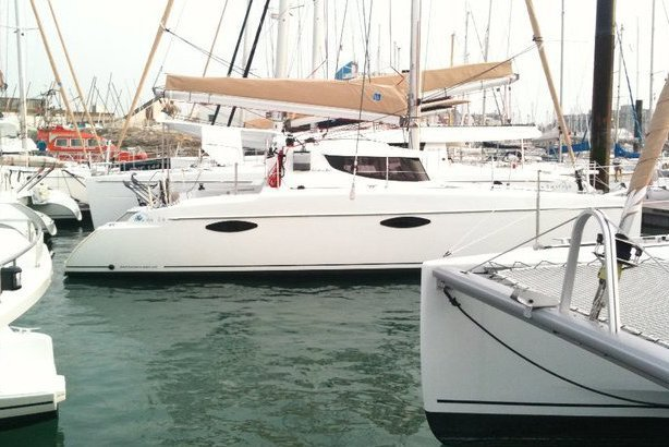 Beautiful 2016 Sailing Catamaran ready to cruise the Miami waters!