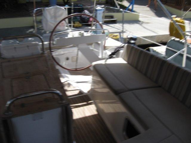 Boat rental in True Blue,