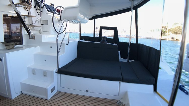 Discover Long Beach surroundings on this Custom Lagoon boat