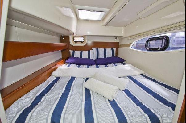 Boat for rent Leopard 37.0 feet in St. Vincent, St. Vincent & Grenadines