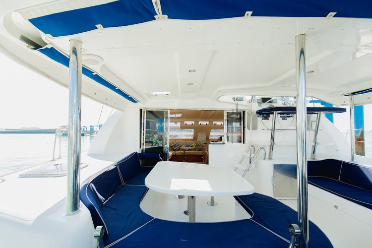 Discover Phuket surroundings on this 46 Leopard boat