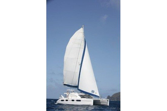 Experience St. Vincent and the Grenadines aboard this luxurious Leopard 46