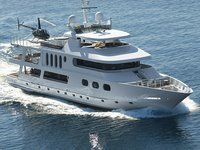 Experience pure luxury and comfort in California aboard 143' Expedition
