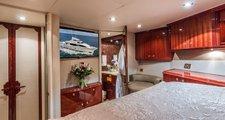 thumbnail-13 Lazzara 105.0 feet, boat for rent in Montauk,