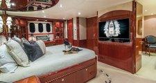 thumbnail-10 Lazzara 105.0 feet, boat for rent in Montauk,