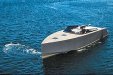 Experience the luxurious life in California aboard VanDutch 55
