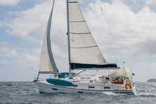 Sail through the British Virgin Islands aboard this beautiful Bavaria