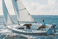 Climb aboard 22' cruising monohull in Marina Del Rey, California
