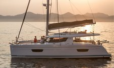 Sail through the British Virgin Islands aboard this superb Helia 44 Maestro