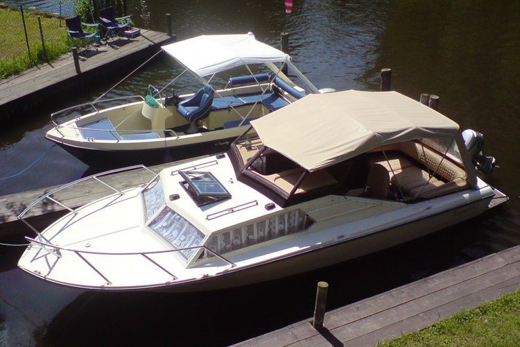 Enjoy Berlin, Germany by boat! Hire this 21ft Topolino Powerboat controlled easy