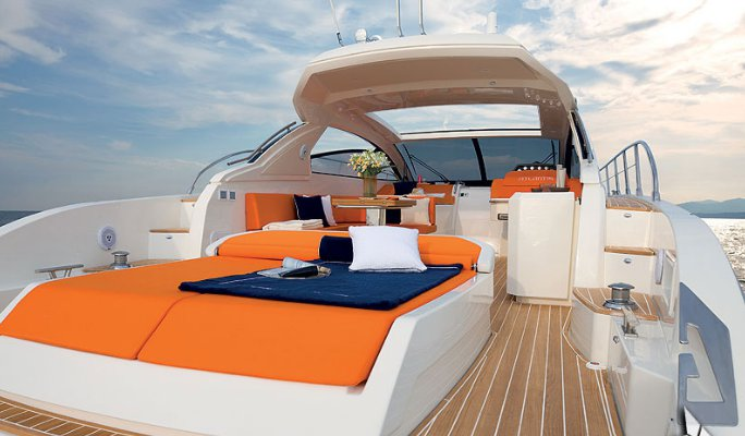 Discover Sliema surroundings on this 48 Atlantis boat